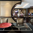 las-vegas-suite-mandarin-suite-living-room-1