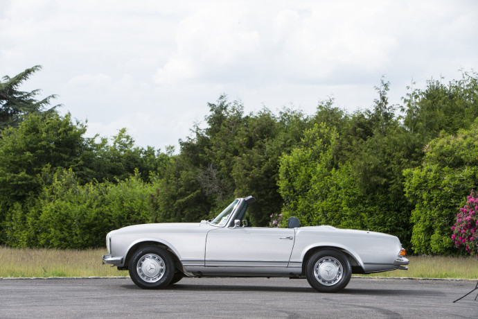 Lot 317 - 1970 Mercedes 280SL 'Pagoda'