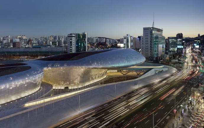 dongdaemun-design-plaza-seoul-coree-du-sud-photo-virgile-simon-bertrand